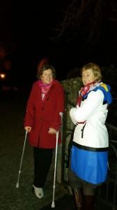 Met Marit wacht ik na concert op het voorrijden van de auto :-)