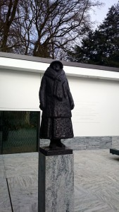 Standbeeld Koninign Wilhelmina