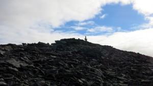 De top van Fremste Blåhornet, maar wat staat er toch op de top?