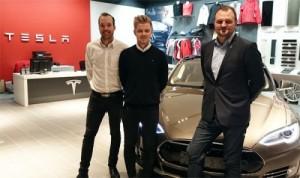 Op bezoek bij Tesla