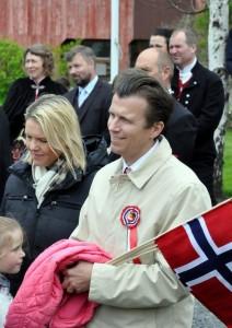 Minister Sylvi Listhaug met haar man en kinderen